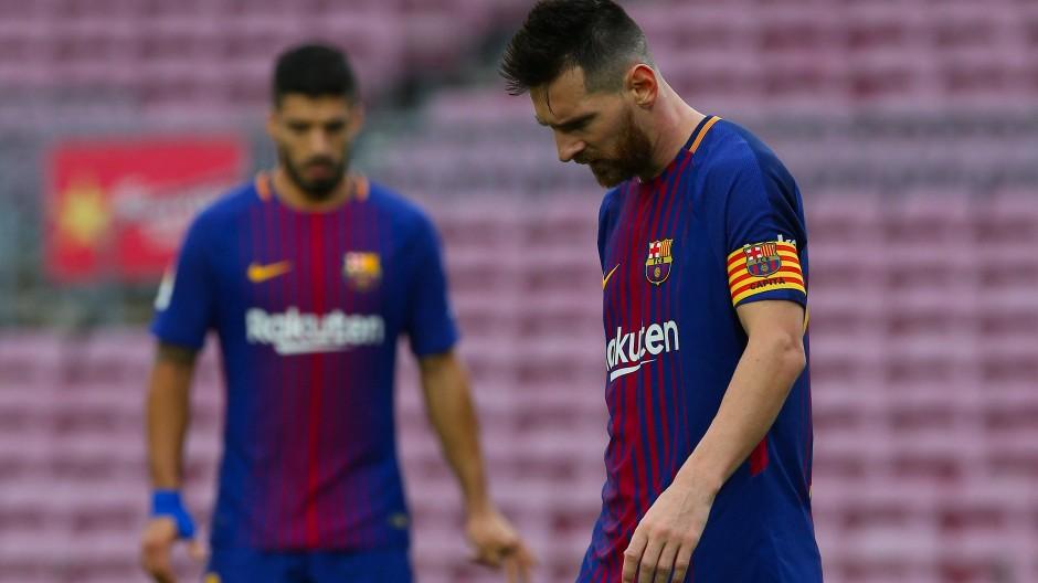 Mit den Farben Kataloniens: Kapitänsbinde des Argentiniers Messi