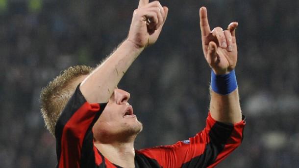Krisenklub Hertha BSC siegt in letzter Sekunde