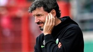 Wolfsburg droht Aus nach van Bommels Wechselfehler