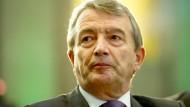 """""""Es wäre auch im Interesse von Qatar, wenn die Fortschritte überprüft würden, um die Debatte zu beenden"""": Wolfgang Niersbach"""