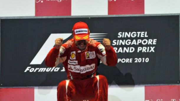 Webber gewinnt bei Alonsos Sieg