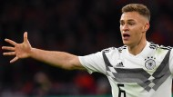 Aufgerückt: Joshua Kimmich nimmt eine zentrale Rolle im deutschen Spiel ein.
