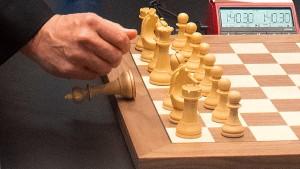Gefährliches Spiel bei der Schach-WM