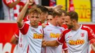 Jahn Regensburg bleibt an der Spitze der zweiten Liga