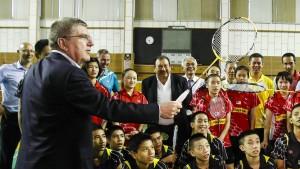 IOC-Chef Bach greift Boston an