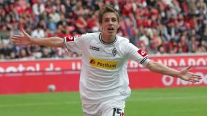 Schalker Fehlstart - Neun Tore in Leverkusen