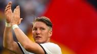 """""""90 Minuten ist schwer, eher nicht"""": Bastian Schweinsteiger tastet sich langsam heran ans Optimum."""