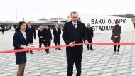 Olympisches Stadion: Präsident Alijew bei der Eröffnung im März