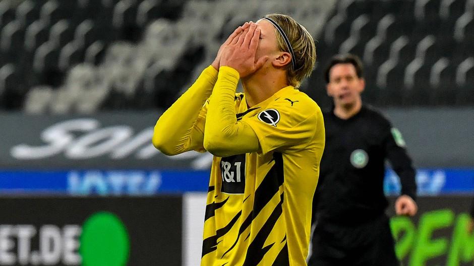 2:4-Niederlage bei Borussia Mönchengladbach: der nächste schwere Schlag für die Dortmunder.