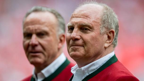 Hoeneß gibt Zeitplan für neuen Bayern-Trainer vor