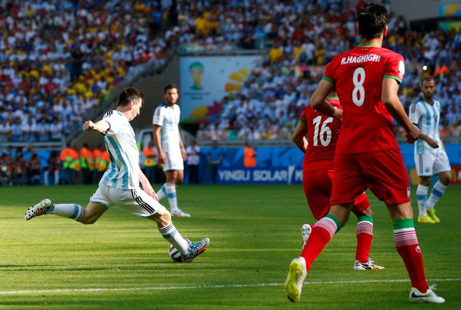 Typisch Messi: Linksschuss - Tor, hier im Vorrundenspiel gegen Iran
