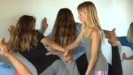 Die wahrscheinlich jüngste Yogalehrerin der Welt