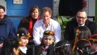 Prinz Harry drückt Chile die Daumen - ein bisschen