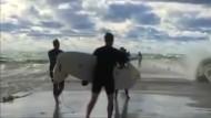 Kanadier surfen auf einem See