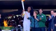Olympisches Feuer brennt in Brasilien