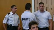 Zwei Briten müssen nach Krawallen in Marseille ins Gefängnis