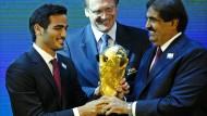 Sie haben den Pokal: Fußball-WM in Qatar