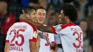 Augsburg erledigt die Pflichtaufgabe im DFB-Pokal.