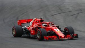 Die Silberpfeile ärgern Vettel in Spanien