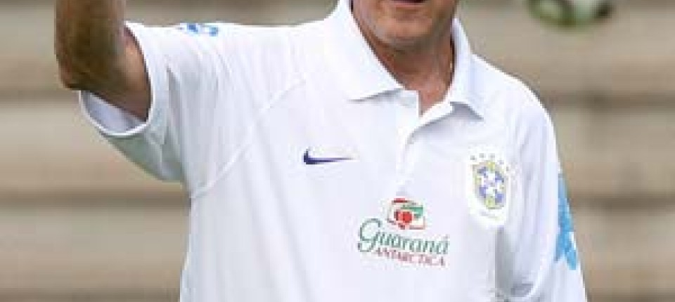 Fussball Trainer Parreira Zieht Es Nach Sudafrika Fussball