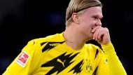 Erling Haaland brachte Dortmund mit vier Toren nach Rückstand auf Kurs in Berlin.