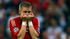 Eine der tragischen Figuren: Bastian Schweinsteiger scheitert im Elfmeterschießen am Pfosten