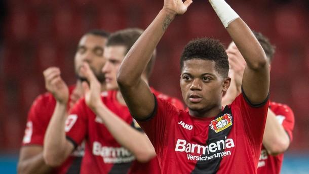Bailey ebnet Leverkusen wieder den Weg