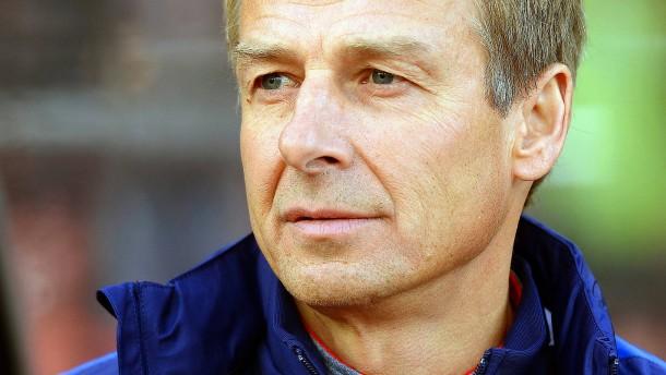 Klinsmann wird Löws erster TV-Kritiker