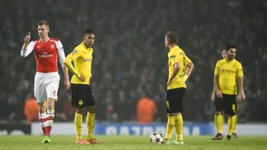 Nur ein Deutscher Sieger: Per Mertesacker gewinnt mit Arsenal gegen den BVB