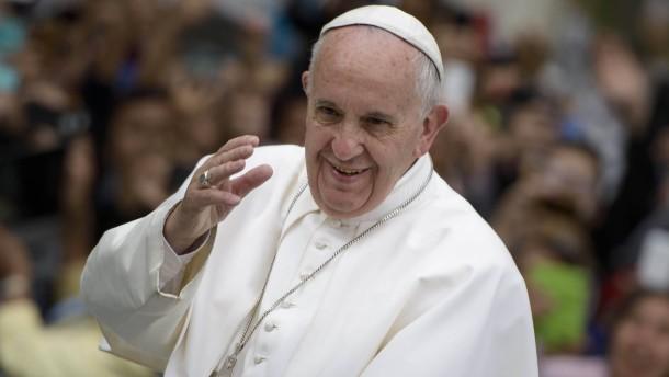 Papst will Missbrauchstäter unter Bischöfen bestrafen