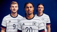 Das neue Trikot der Nationalmannschaft: Namen stehen hinten.