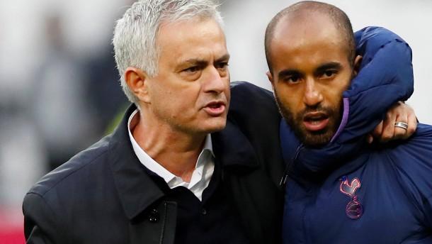 Mourinho im Glück – Klopp wieder mit spätem Sieg