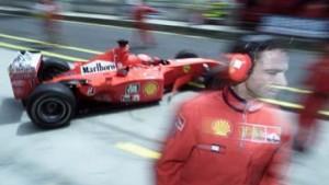 Freies Training: Silberpfeile vor den Schumachers