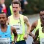 Am Anfang läuft es noch gut: Arne Gabius in der Spitzengruppe beim Berliner Halbmarathon