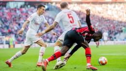 Leverkusen strauchelt im Derby