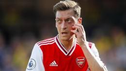 Arsenal bei Özil-Comeback düpiert