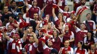 Jubel-Spanier in qatarischer Kluft: für die Handball-WM 2015 kaufen sich die Scheichs auch ihre Zuschauer