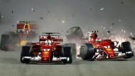 Die Träume von Ferrari in Singapur endeten schon am Start nach dem Crash.