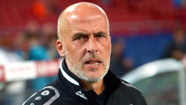 Frontzeck tritt bei Hannover 96 zurück