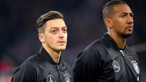 Özil kritisiert Ausmusterung von Boateng