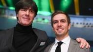 Bundestrainer und Ehrenspielführer: Joachim Löw und Philipp Lahm.
