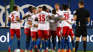 HSV stürmt mit Vereinsrekord an die Tabellenspitze