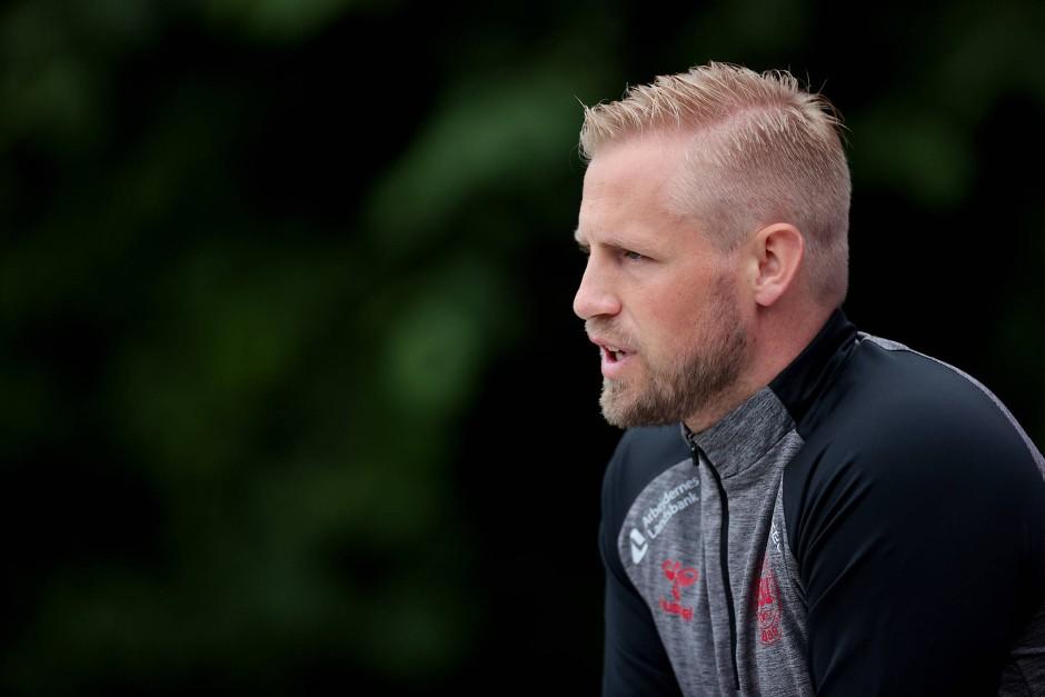 """Torwart Kasper Schmeichel: """"Wir Spieler wurden in eine Position gebracht, die ich nicht für fair halte""""."""