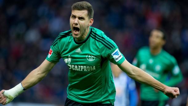 Schalke siegt bei Boateng-Rückkehr