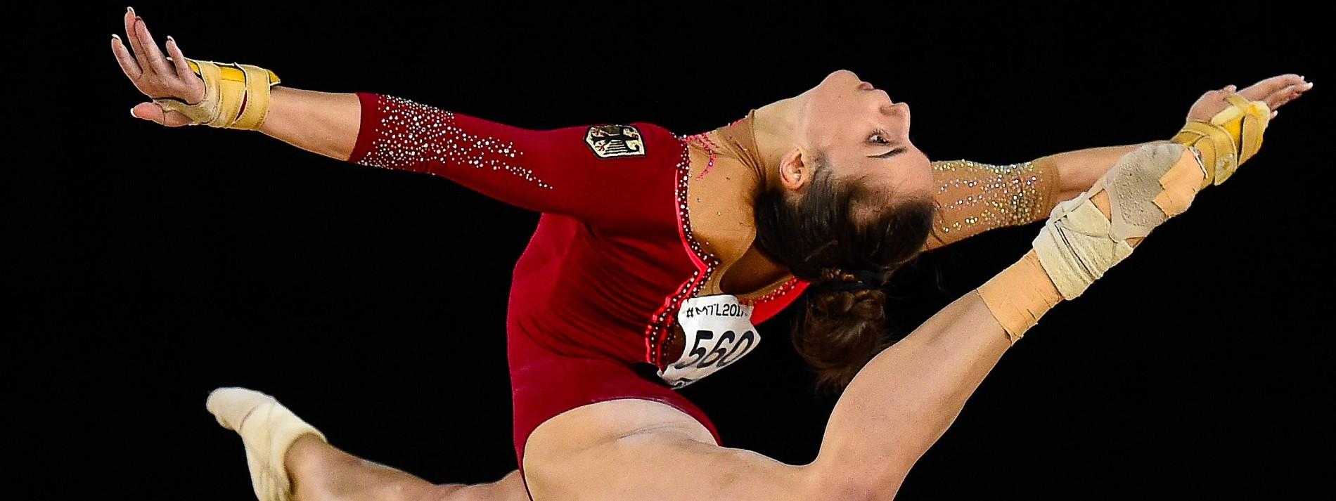 Pauline Schäfer gewinnt Gold am Schwebebalken