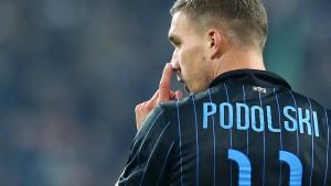 Nur ein Platz für Podolski oder Shaqiri