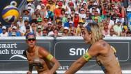 Kira Walkenhorst und Laura Ludwig spielen mit den letzten Reserven nochmal um Medaillen