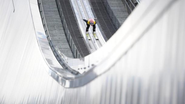 Kein Glücksspiel unter freiem Himmel: Die Skispringer bei der Vierschanzentournee