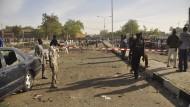 Mehr als 120 Tote bei Bombenanschlag auf Moschee