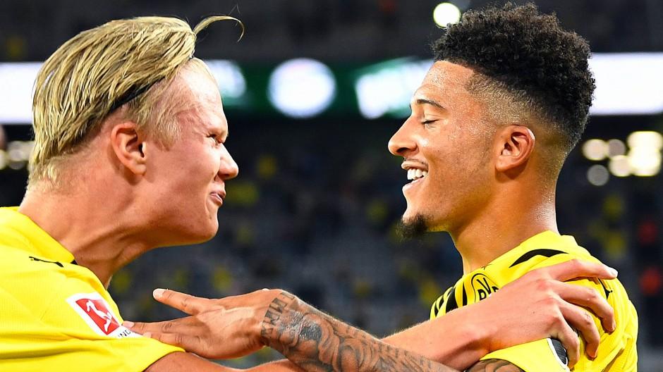 Kann in diesem Fall auch einfach mal Zufall gewesen sein Haaland und Sancho hatten beim Saisonstart des BVB großen Spaß.